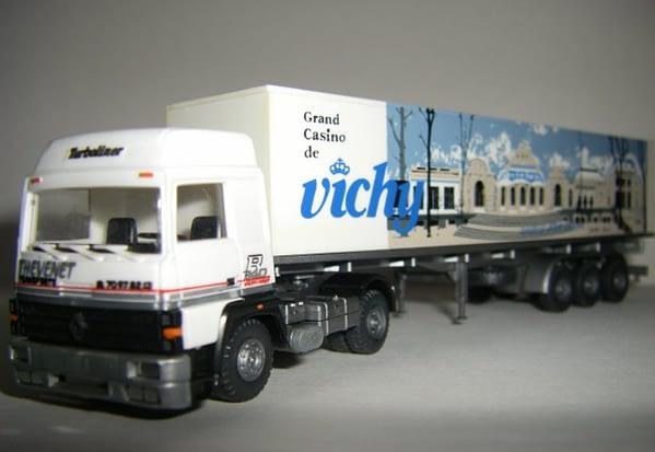 Camion Thevenet des années 1970 en jouet